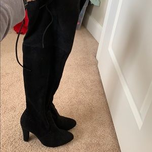 """Over the knee Steve Madden """"gorgeous"""" boots"""